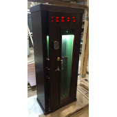 Safe for 8 guns with Bulletproof glass
